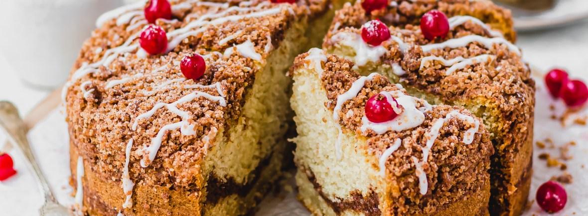 Cinnamon Streusel Vanilla Cake | nourishngamy.com