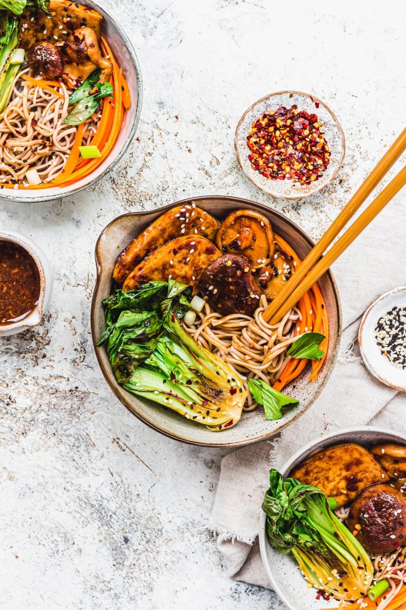 Sticky Mushroom and Tofu Noodles