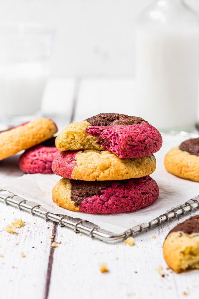 Easy Vegan Neapolitan Cookies