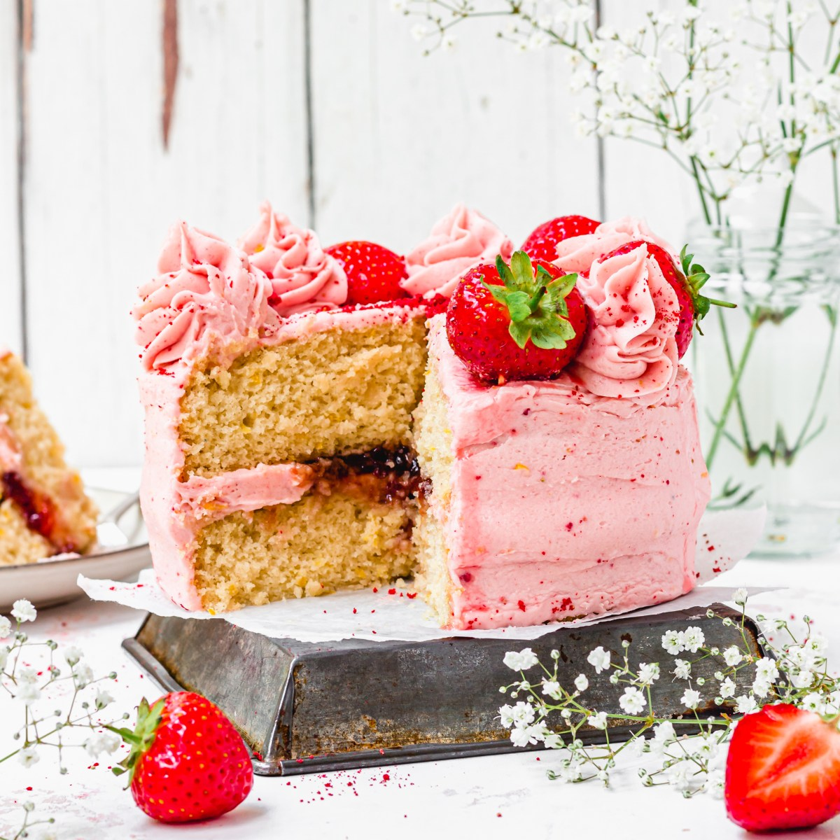 Vegan Strawberry Lemonade Cake