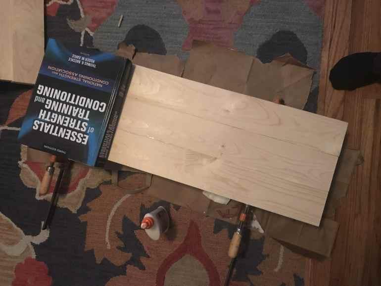 6 DIY Wood Photography Board | www.nourishnutritionblog.com