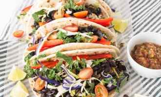 Black Bean Tacos | www.nourishnutritionblog.com | The Recipe Redux