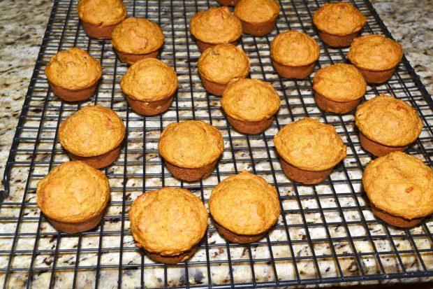 Mini Pumpkin Muffins Cooling
