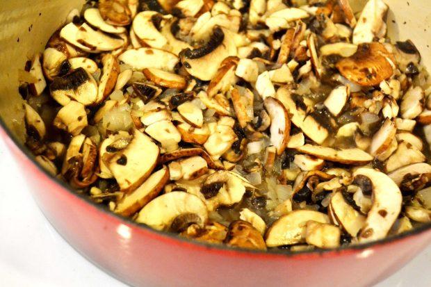 mushrooms-and-onions