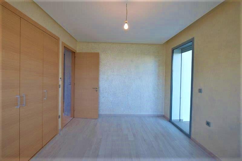 bel Appartement avec Jardin de 148 m² et superficie habitable de 150 M2.