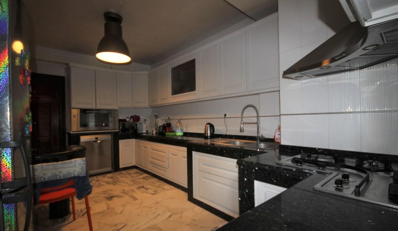 Casablanca à acheter parfait appartement moderne d'angle de 220 m² sur le secteur proche de riviera
