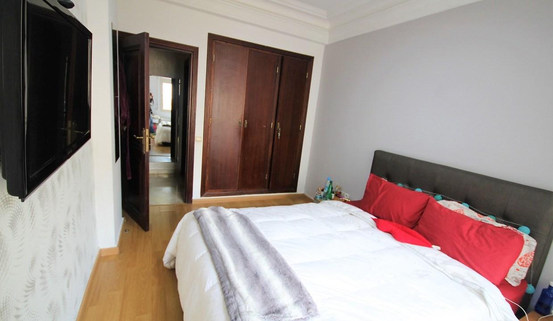 à saisir joli appartement de 97m² dans résidence récente située entre le Bld Roudani et Ghandi