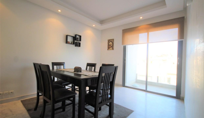 à louer  lumineux appartements meublés neuf en étage élevé avec terrasse tournante