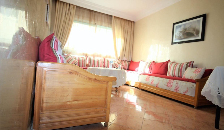 a-louer-parfait-meuble-2-chambres-avec-balcon-dans-rue-calme-016-min