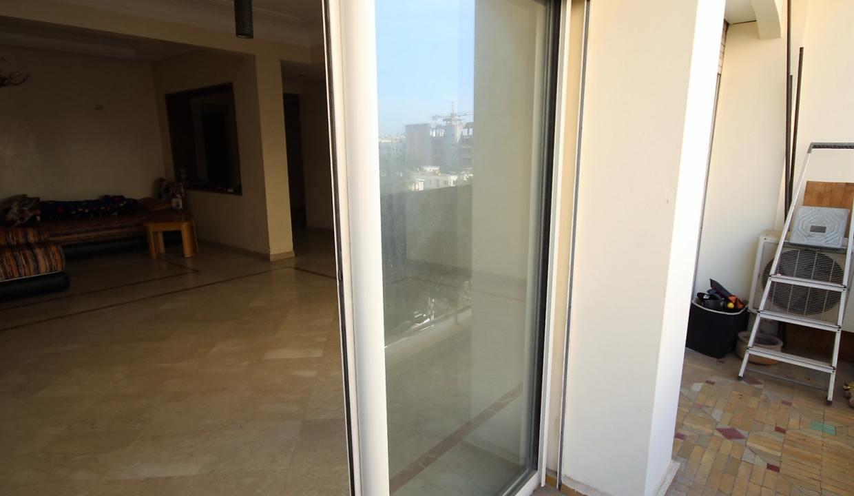 a-louer-appartement-de-144-m2-3-chambres-avec-prestations-haut-de-gamme-04