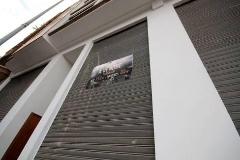 a-louer-magasin-avec-7m-de-hauteur-d-une-superficie-111-m2-1652