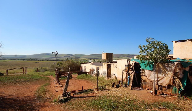 a-vendre-ferme-d-une-superficie-4-2-hectares-012