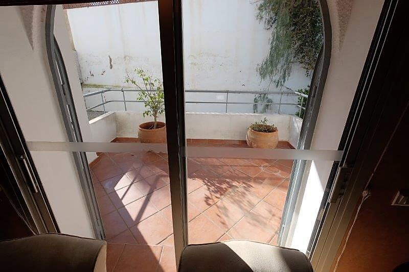 agreable-villa-entierement-refaite-a-acheter-d-une-superficie-terrain-de-460m-et-400m-habitable-en-triplex-sur-3-niveaux-0027