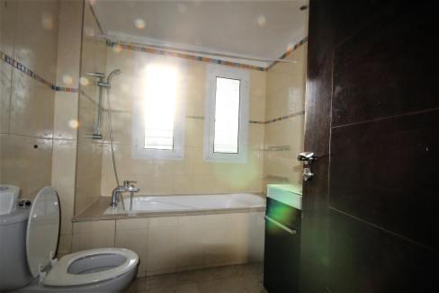 ain-diab-loue-villa-d-angle-moderne-de-4-chambres-vue-mer-012
