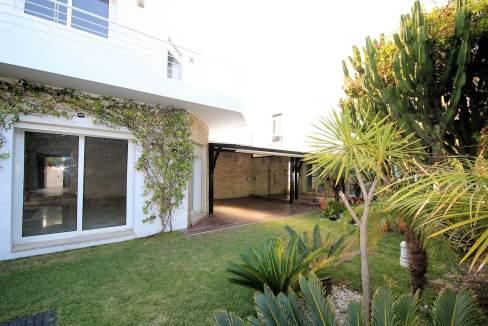 ain-diab-loue-villa-d-angle-moderne-de-4-chambres-vue-mer-021