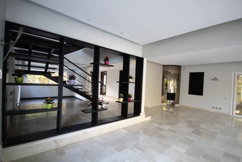 ain-diab-loue-villa-d-angle-moderne-de-4-chambres-vue-mer-024