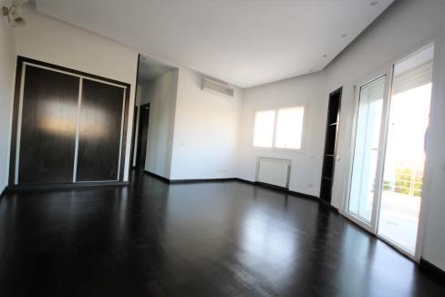 ain-diab-loue-villa-d-angle-moderne-de-4-chambres-vue-mer-026