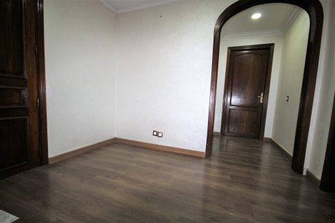 casablanca-racine-bd-massira-khadra-a-louer-grand-bureau-en-rdc-05