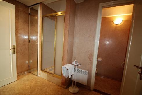 luxueux-appartement-de-250m-a-acheter-sur-bd-massira-khadra-004