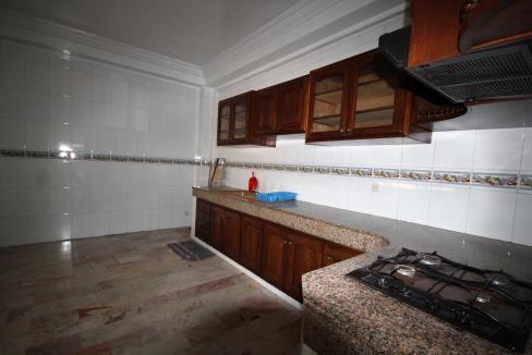 secteur-abdelmoumen-a-louer-vaste-appartement-3-chambres-de-160m2-011