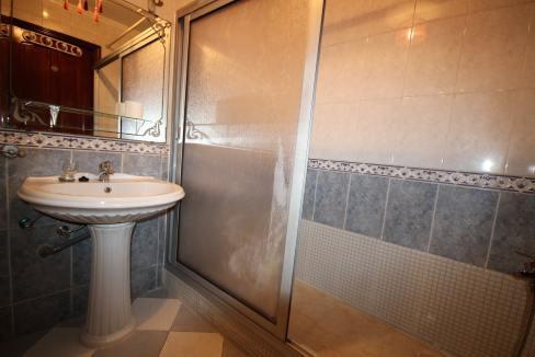 secteur-abdelmoumen-a-louer-vaste-appartement-3-chambres-de-160m2-018