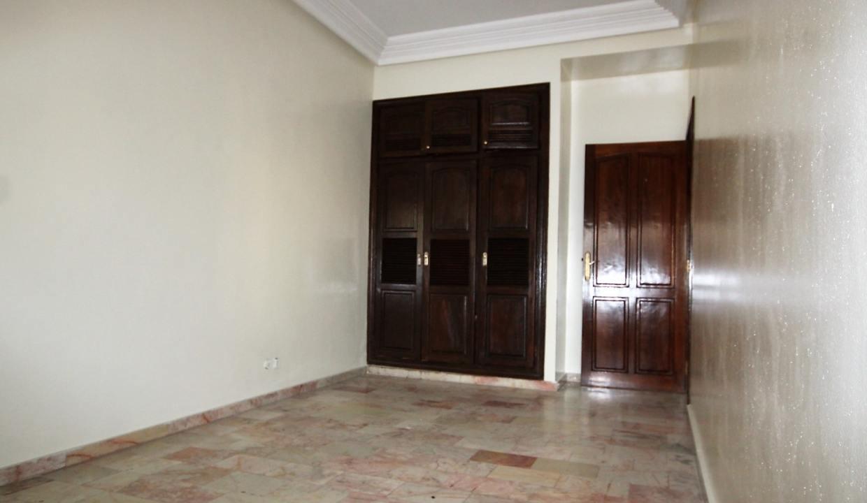 secteur-abdelmoumen-a-louer-vaste-appartement-3-chambres-de-160m2-027
