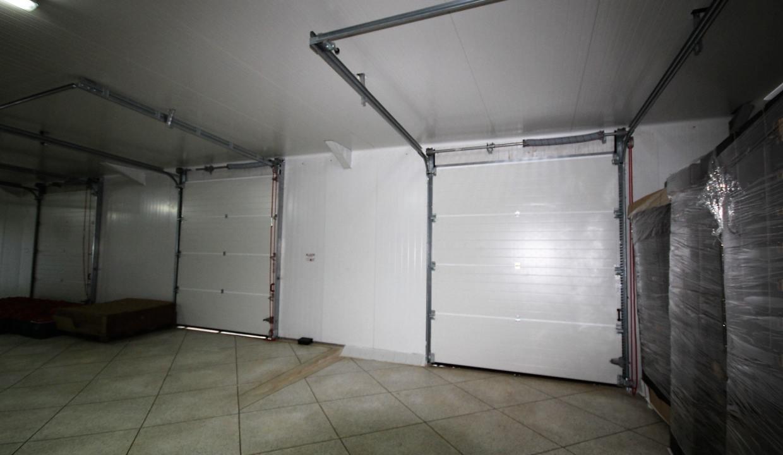 unite-industrielle-moderne-de-stockage-froid-et-de-distribution-a-vendre-location-possible-025