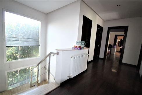 villa-de-5-chambres-a-louer-vide-ou-meublee-sur-terrain-371-m2-surface-habitable-400-m2-012
