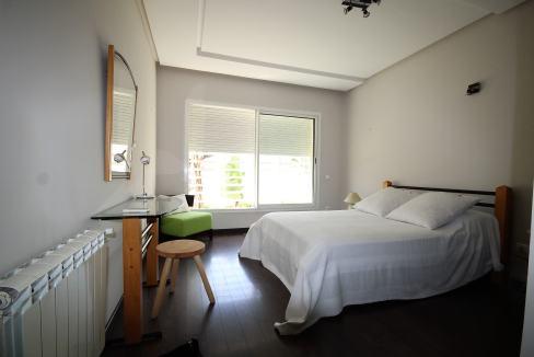 villa-de-5-chambres-a-louer-vide-ou-meublee-sur-terrain-371-m2-surface-habitable-400-m2-013