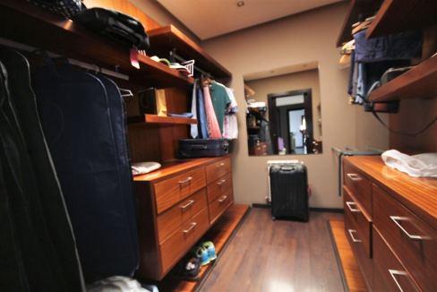 villa-de-5-chambres-a-louer-vide-ou-meublee-sur-terrain-371-m2-surface-habitable-400-m2-019