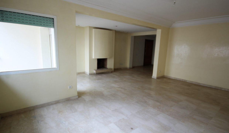 maroc-casablanca-racine-a-acheter-parfait-luxueux-appartement-de-3-chambres-bien-expose-030