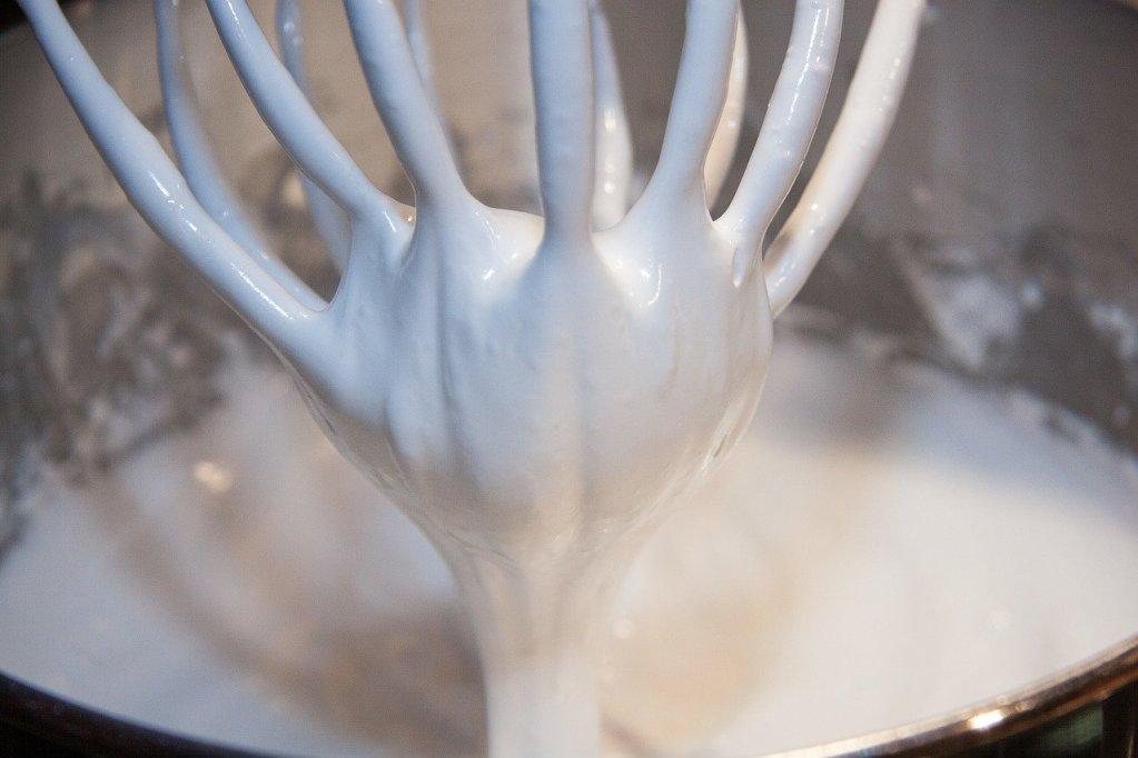 blancs d'œufs en neige