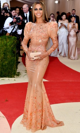 Mandatory Credit: Photo by Andrew H. Walker/REX/Shutterstock (5669035ip) Beyonce The Metropolitan Museum of Art's COSTUME INSTITUTE Benefit Celebrating the Opening of Manus x Machina: Fashion in an Age of Technology, Arrivals, The Metropolitan Museum of Art, NYC, New York, America - 02 May 2016