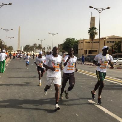 Des participants au marathon. ©Marathon de Dakar