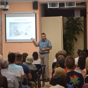 Física cuántica y filosofía en Nueva Acrópolis Sabadell