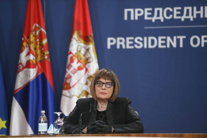 KO SU NOVI MINISTRI: Odani kadrovi ostali, Vučić ima veći deo kadrovskih rešenja! 1