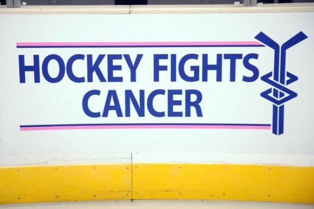 Hockey-Fights-Cancer_t580