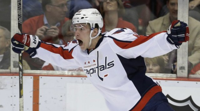michael-latta-washington-capitals-celebration