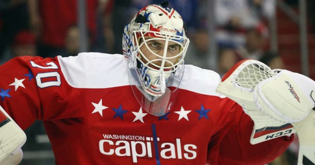 braden-holtby-washington-capitals-verizon-center