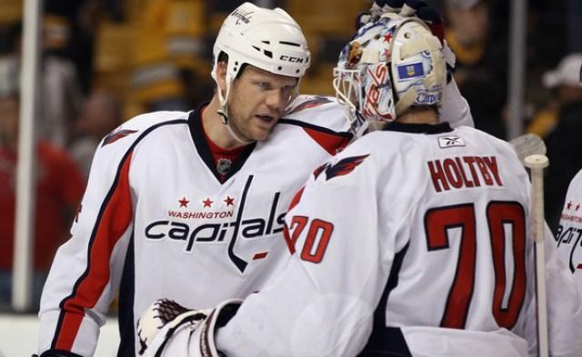 Washington+Capitals+v+Boston+Bruins+john-erskine