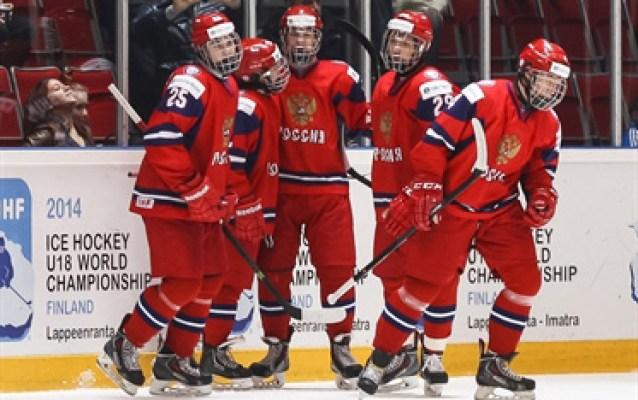 Russia-celebrates-2014WM18_Standard