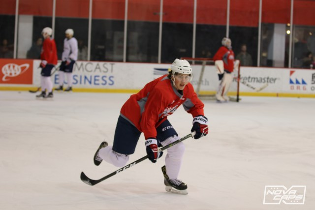 tj-oshie-capitals-practice-121016-213