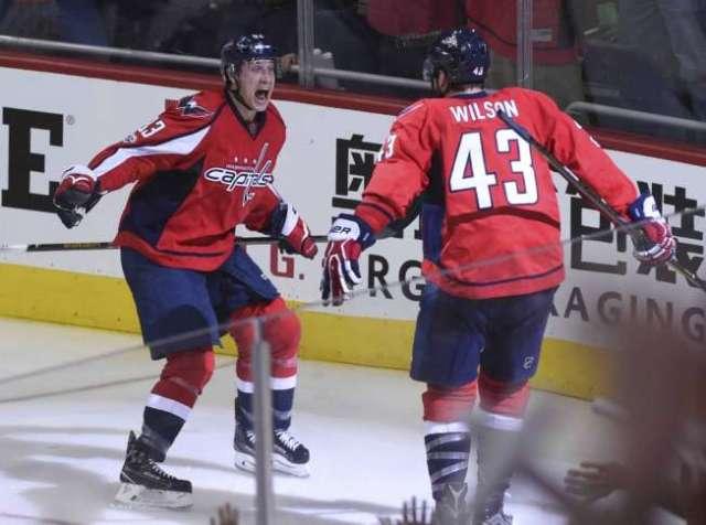 Maple_Leafs_Capitals_Hockey_86058-652x485