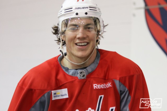 t-j-oshie-capitals-practice
