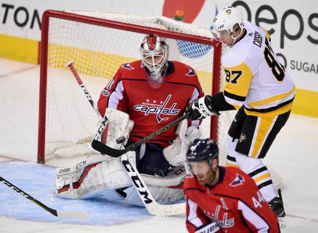 penguins_capitals_hockey_44683-bf5d8