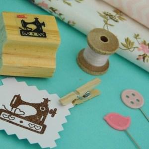 Carimbo TAG 07 – Máquina de Costura