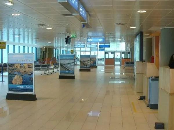 Aeroporto-V.-Florio-TP-012-1-300x225@2x