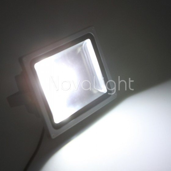 Reflector LED 30w Blanco Puro  NovaLight