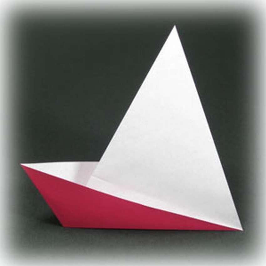 Origami zeilboot