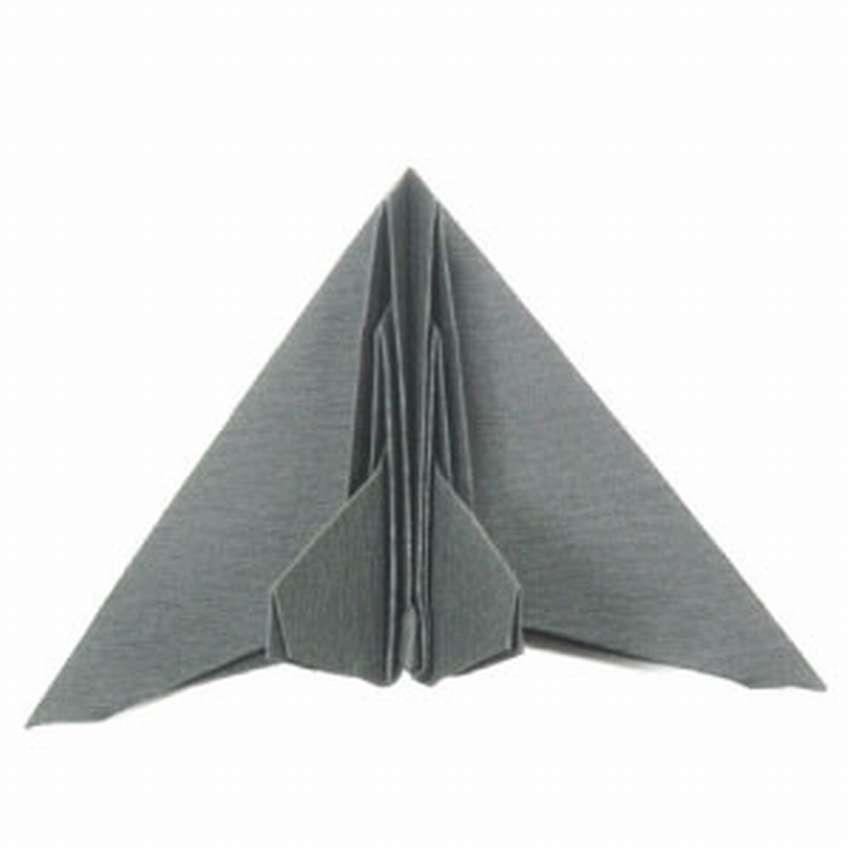 Оригами әуе кемесін қалай жасауға болады